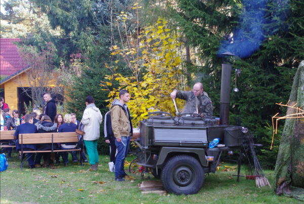Suppas catering w Warszawie, kanapki, obiady na telefon, imprezy plenerowe